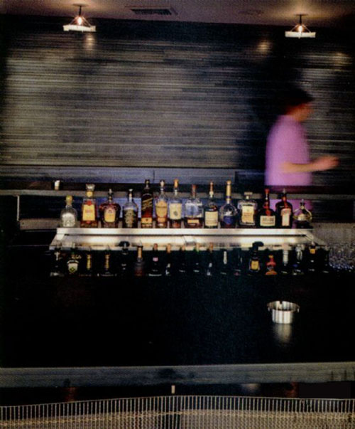 悠闲小清吧设计 西部休闲酒吧装修图欣赏